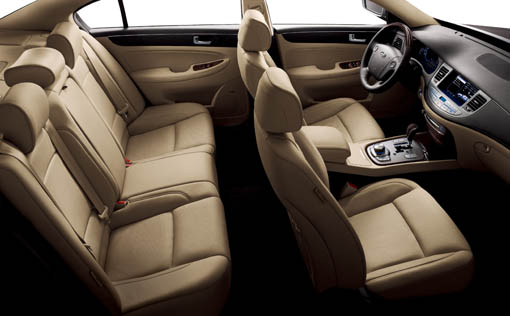 hyundai_genesis_sedan_interior012